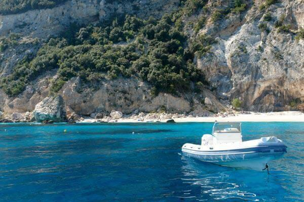 mini course of rental boat in Cala Gonone