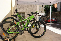 Moto & Bike Rental da zietto